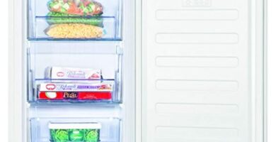 Beko - Congelador mini, bajo encimera, 65 litros, Acero, Blanco
