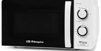Orbegozo - Microondas con 20 litros de capacidad, 6 niveles de funcionamiento, temporizador hasta 30 minutos, 700 W, Blanco